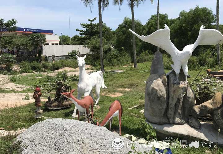 フーコック島にあった銅像