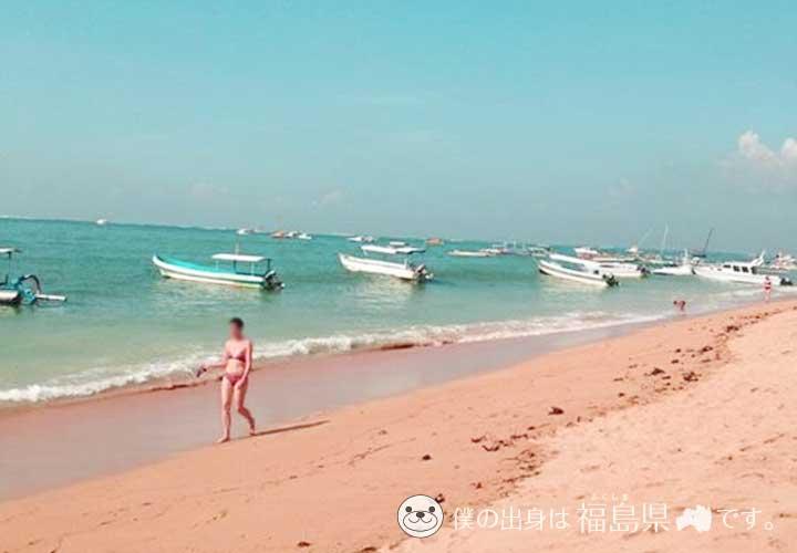 バリ島の海と砂浜