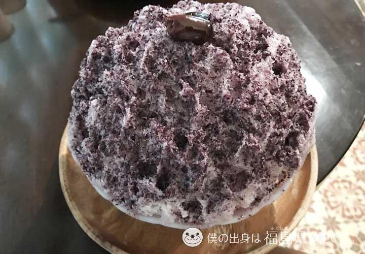 オリーブともも味のかき氷
