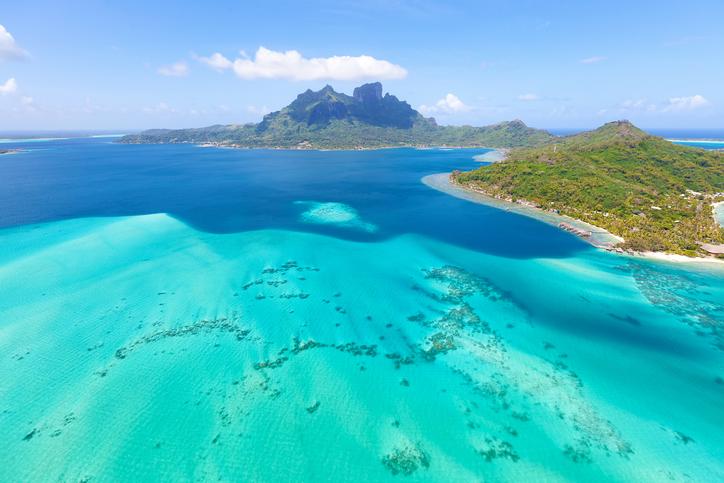 タヒチ(ボラボラ)の海