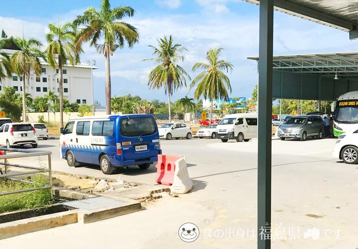 ランカウイ空港前の景色