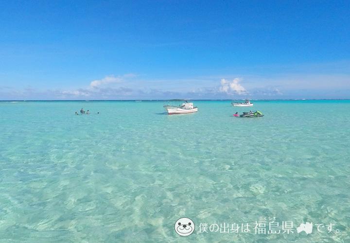 百合が浜の透明度抜群の海