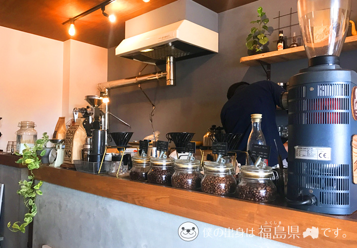 ノリズコーヒーのカウンター