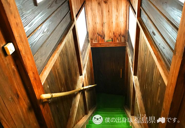 客室露天風呂への階段