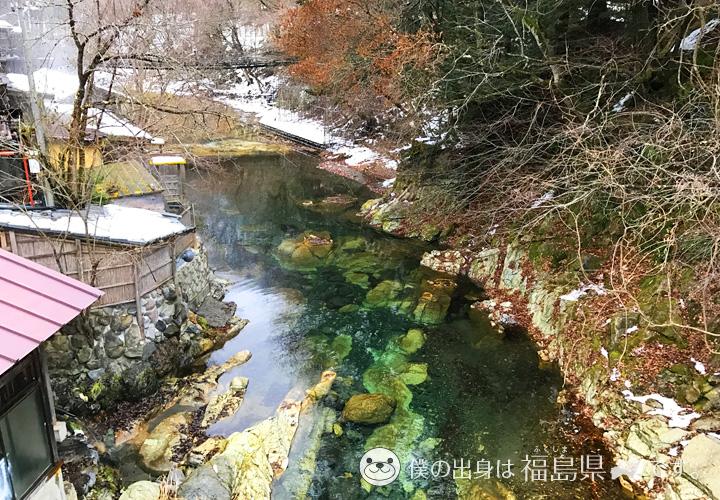 湯西川の綺麗な水